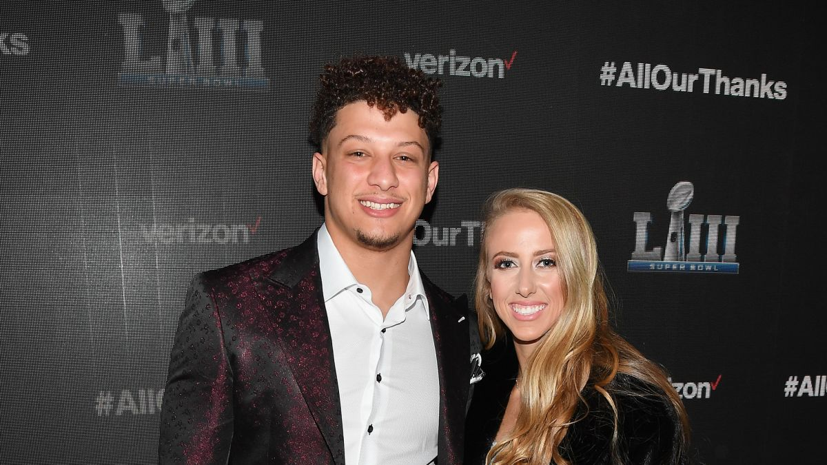 Patrick Mahomes And His Fiancee Are Going To Be Parents Soon Cnn