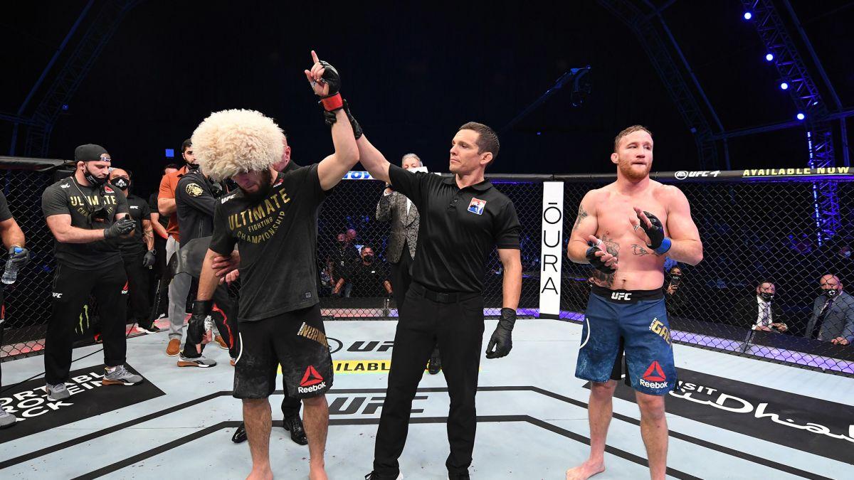 Magnético Me preparé Primitivo  Khabib Nurmagomedov: Undefeated UFC fighter retires after latest victory -  CNN
