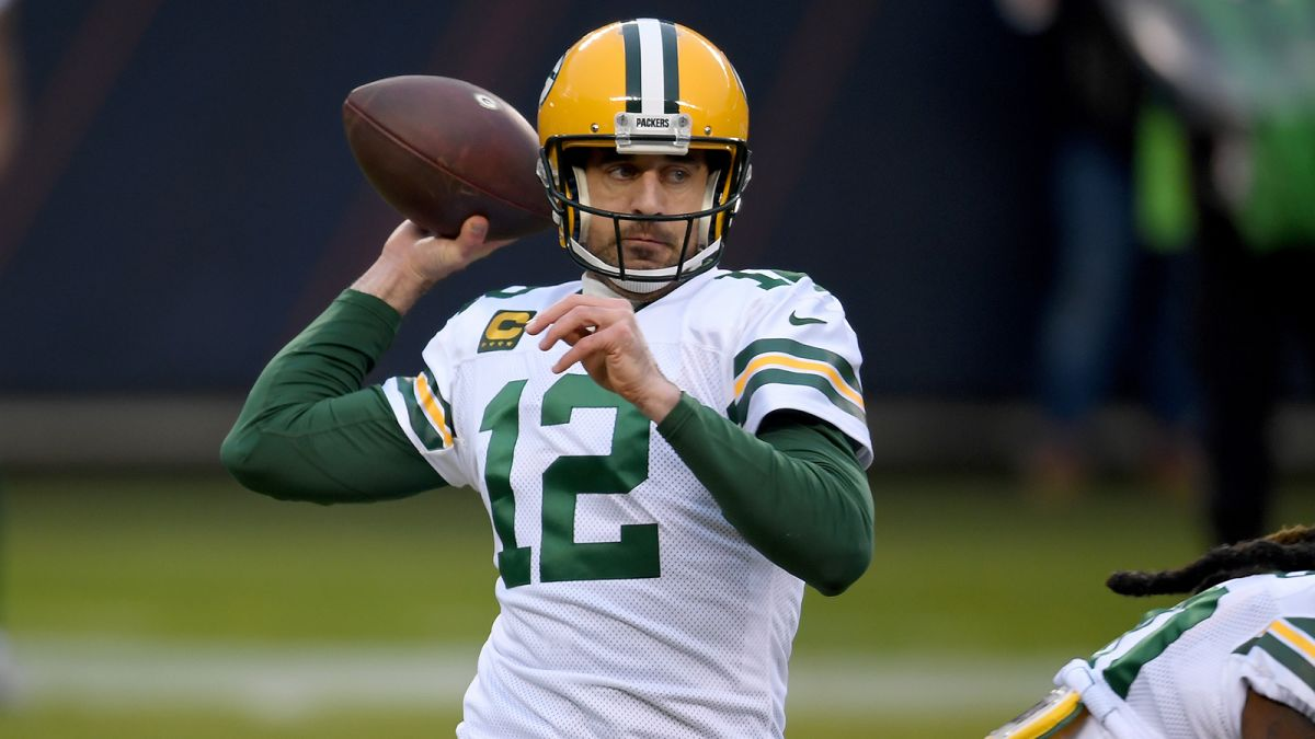 Quarterback Aaron Rodgers Pledges 500 000 To Help Small Businesses Cnn