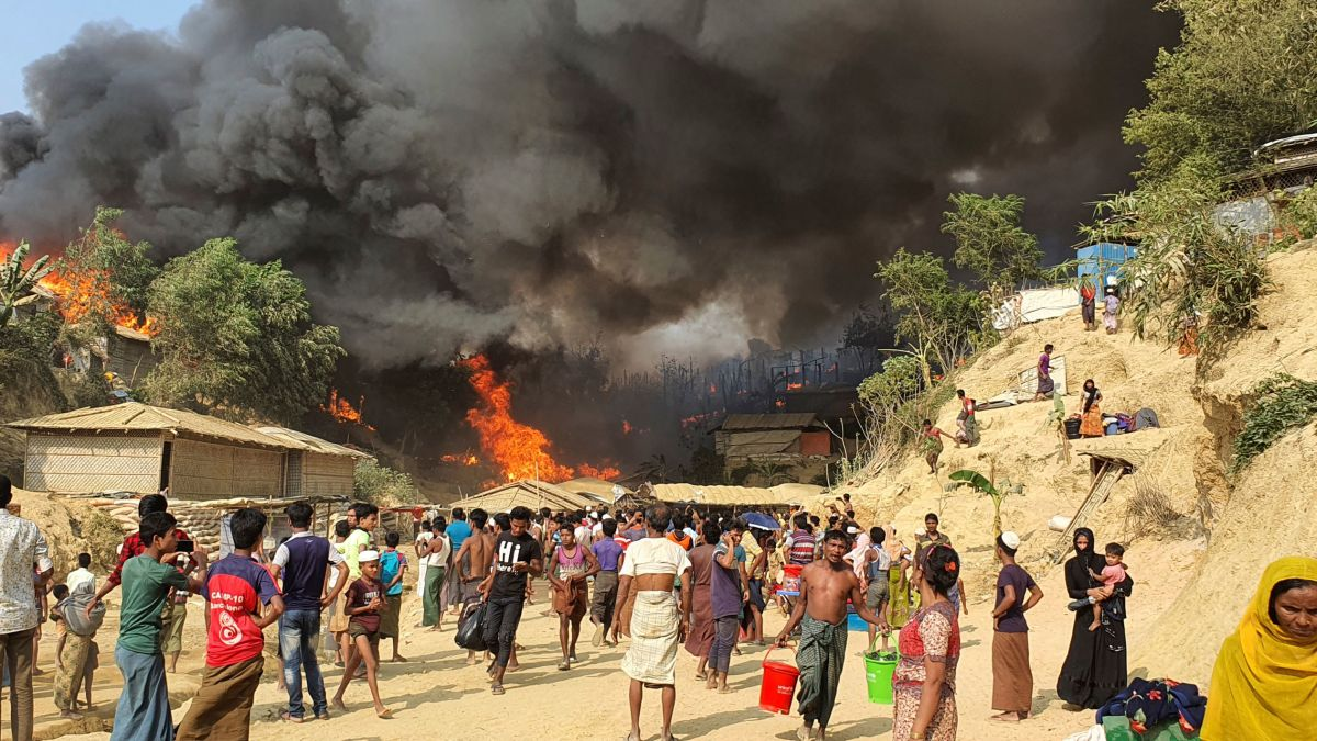 Bangladesh Rohingya: At least five dead as massive fire destroys thousands of homes in refugee camps - CNN