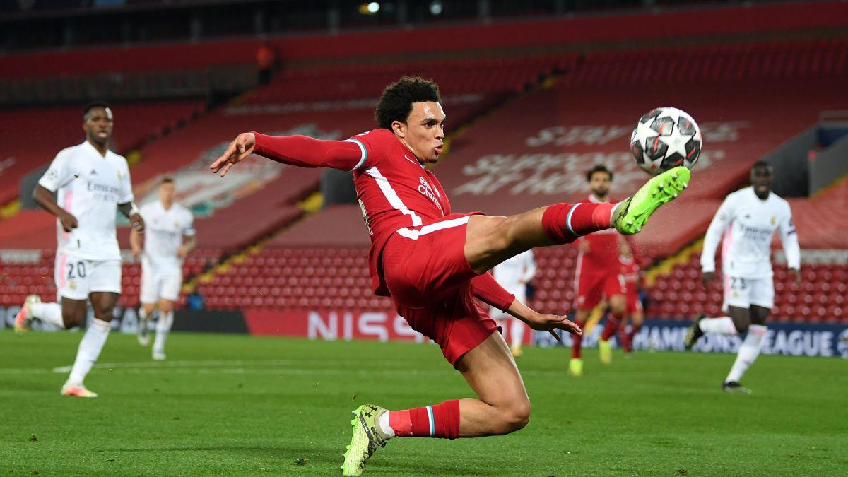 European Super League: 12 football teams to form breakaway league amid  condemnation from UEFA, Premier League, FIFA - CNN