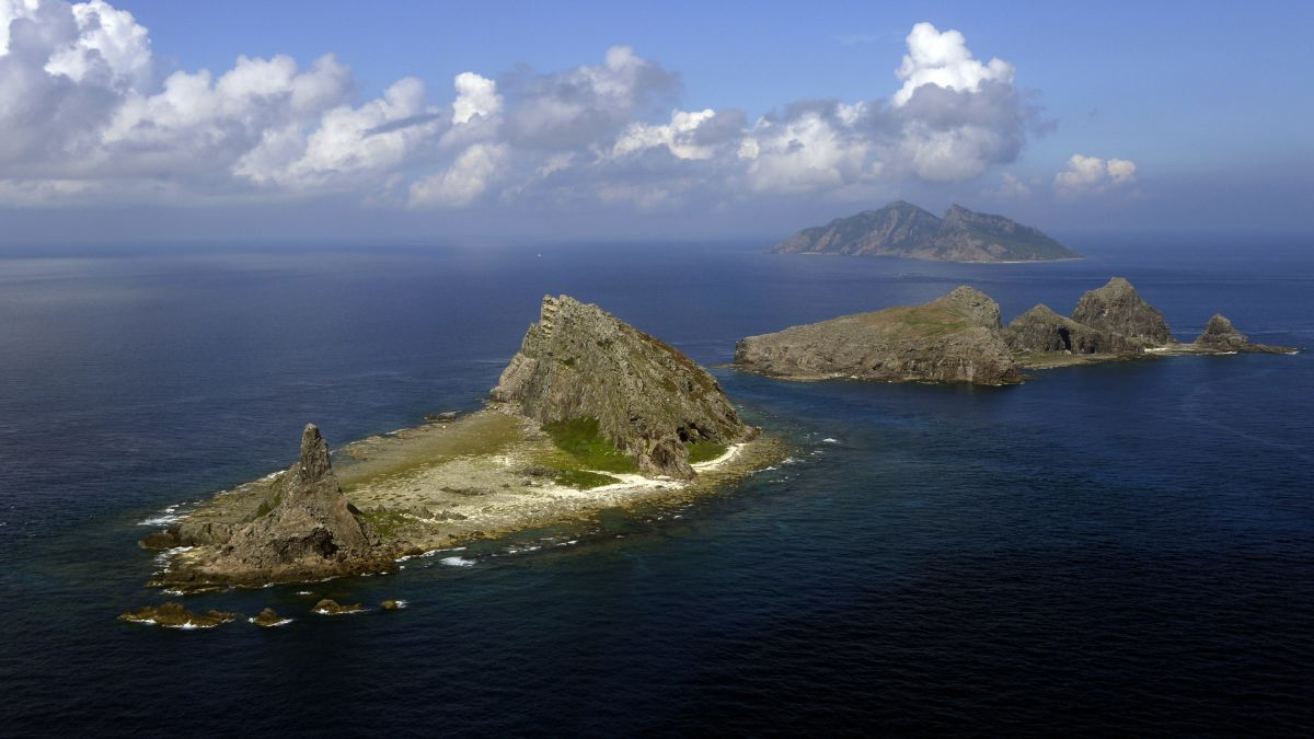 Japan Draws Red Line Around Disputed Island Chain, Vows to Defend Territory With Military Force