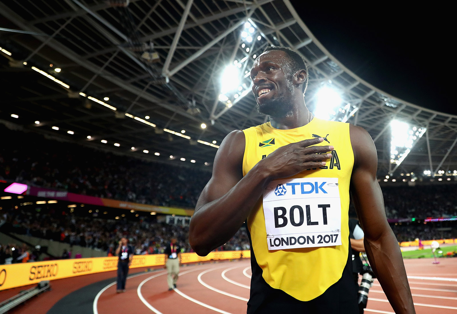Usain Bolt of Jamaica celebrates during a lap of honour following finishing in third place in the mens 100m final during day two of the 16th IAAF World Athletics Championships London 2017 at The London Stadium on August 5, 2017.