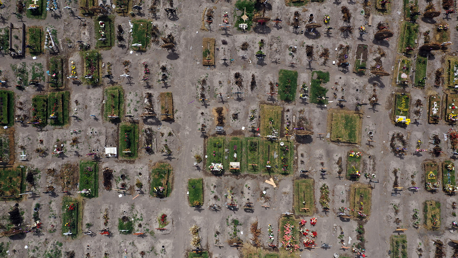Aerial view of graves at the special area for Covid-19 victims of the Municipal Pantheon of Valle de Chalco, Mexico, on July 28.