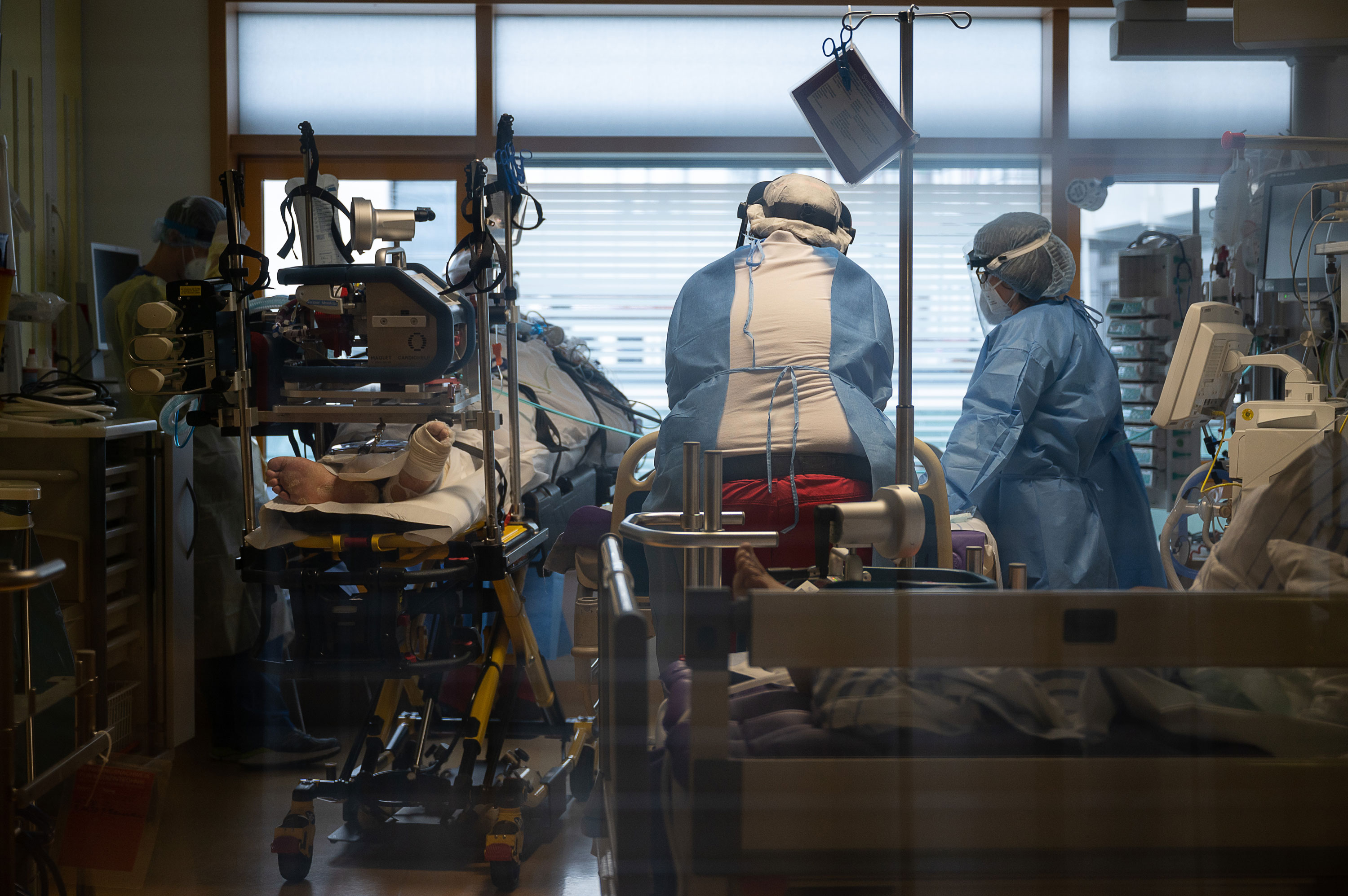 Medical staff take care of a Covid-19 patient in the intensive care unit of a hospital in Ludwigsburg, Germany, on January 8.
