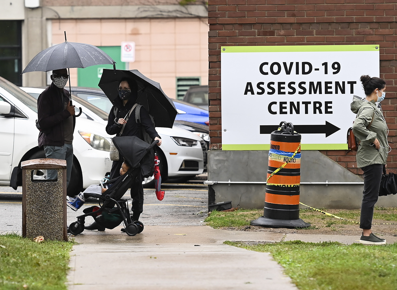 People line up to be tested for Covid-19 at a testing center in Toronto on Sunday, September 13.