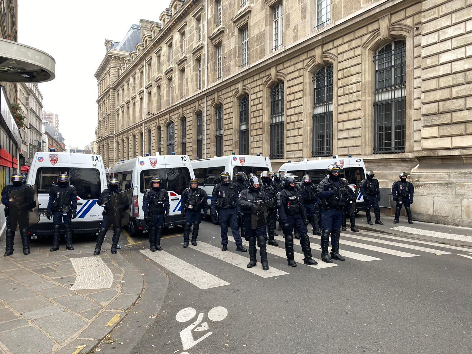 Police officers block the Place de la République. Photo: Antoine Crouin