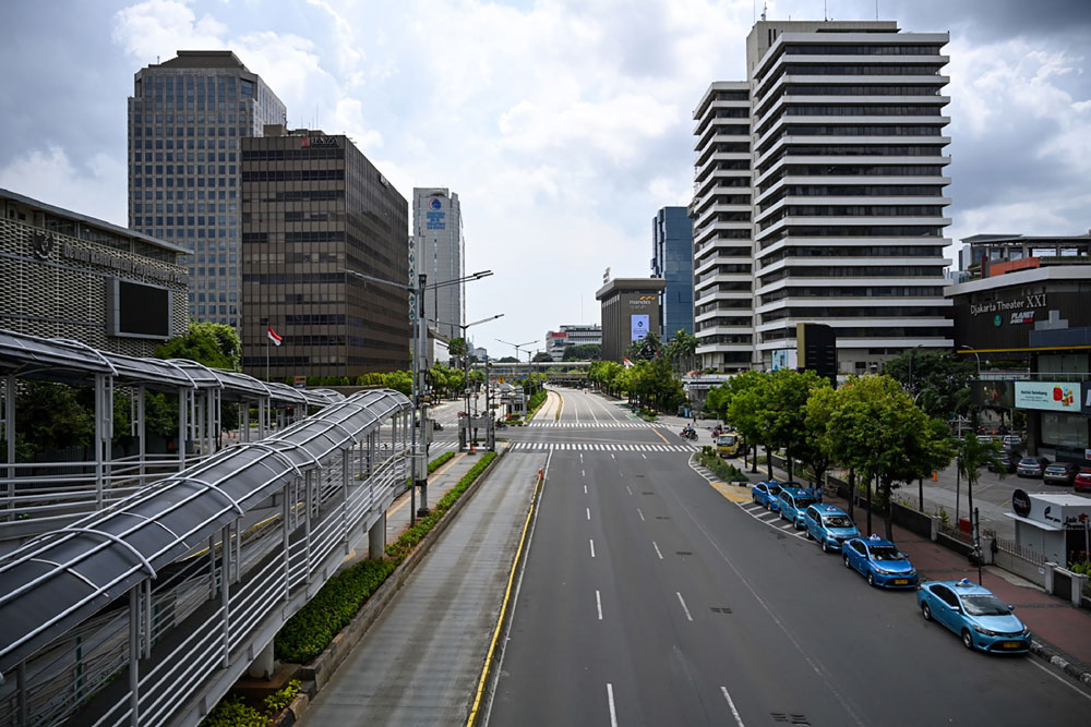 An empty main road is seen on the first day of Ramadan in Jakarta on April 24 during a partial lockdown amid concerns over the coronavirus outbreak.