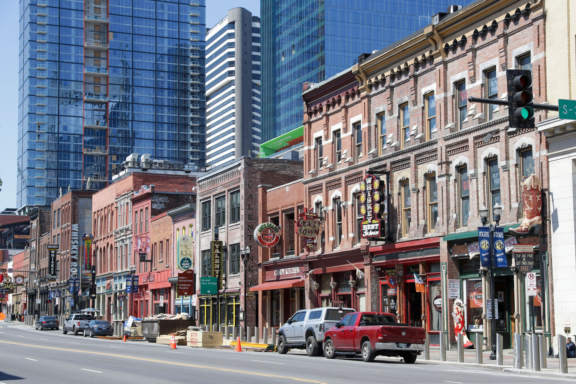 Restaurants, bars and stores sit closed on April 16, in Nashville.