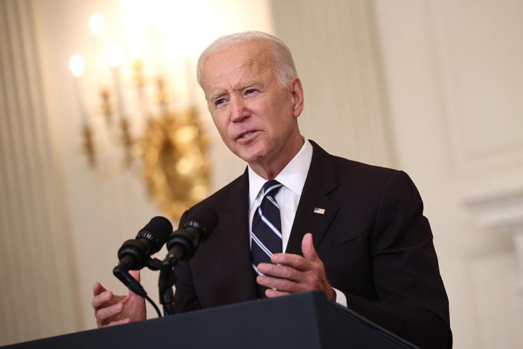 U.S. President Joe Biden speaks about combatting the coronavirus pandemic in the State Dining Room of the White House on September 9, 2021 in Washington, DC.