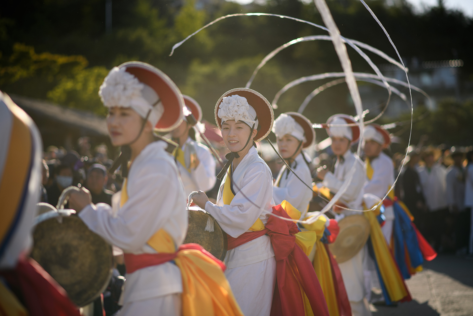 Performers take part in a traditional dance during the annual Chuseok thanksgiving holiday in Seoul, South Korea on September 24, 2018.