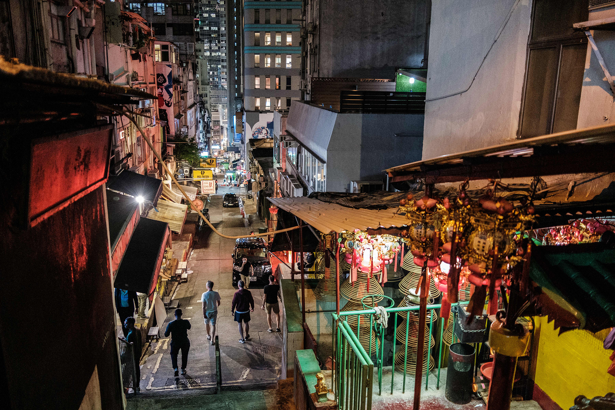 Ατού θέλει μια πρώιμη επιστροφή στην εργασία. Χονγκ Κονγκ δοκιμάσει αυτό και τώρα έχει ένα δεύτερο κύμα περιπτώσεις