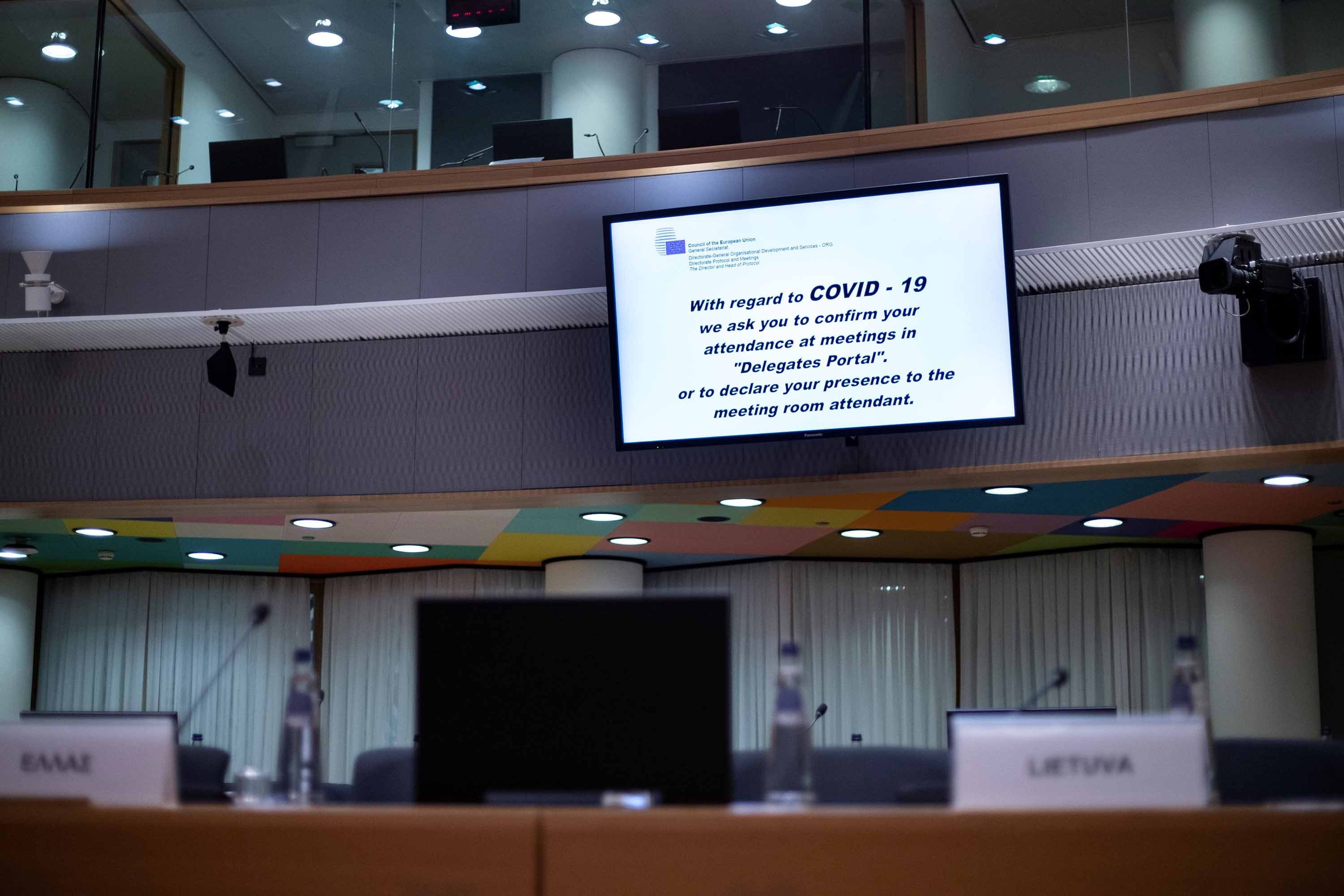 A screen at the European Council in Brussels, Belgium shows an alert message about the coronavirus outbreak, on March 4.