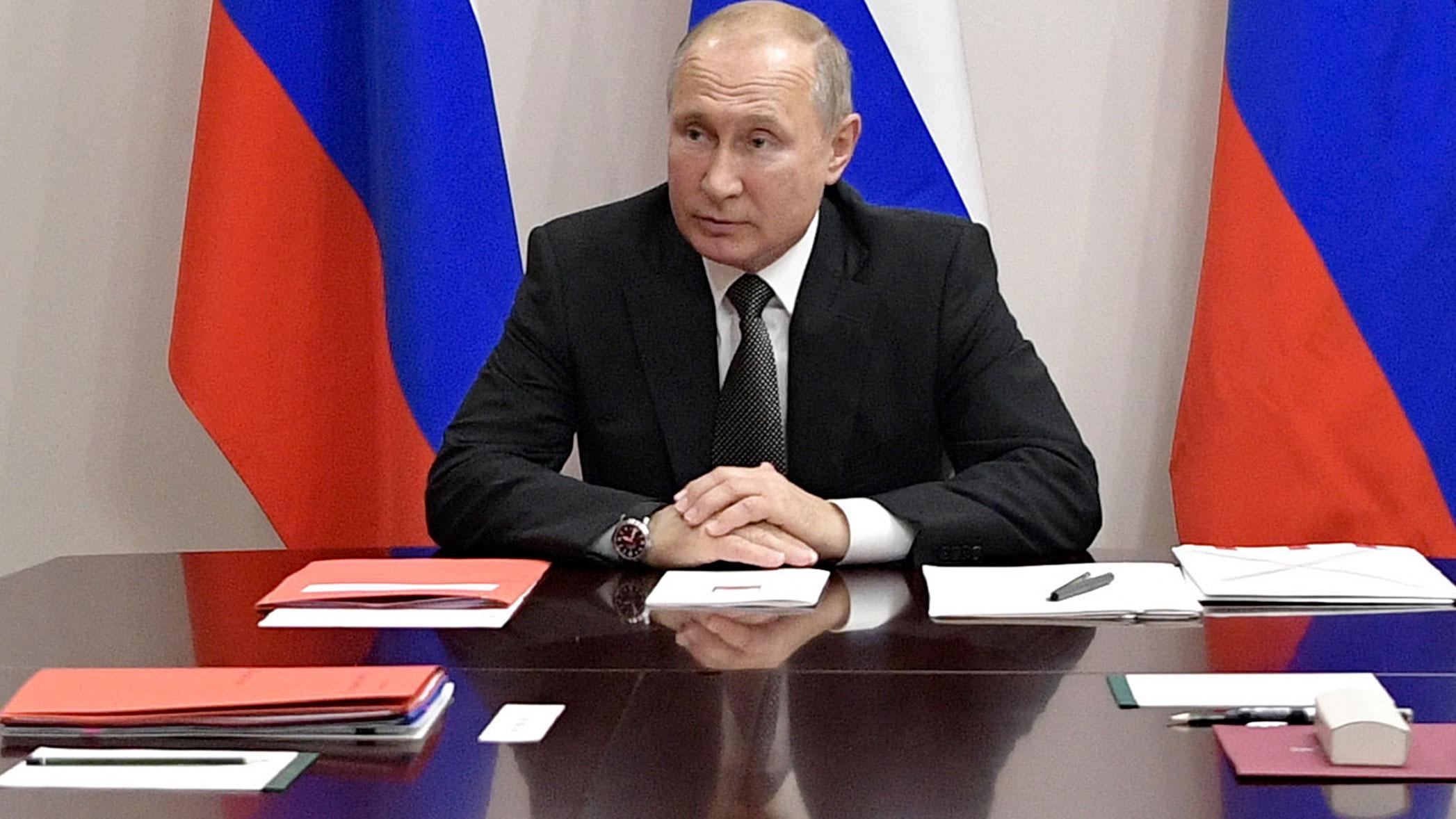 (File photo) Vladimir Putin isn't opposed to rejoining the G7.