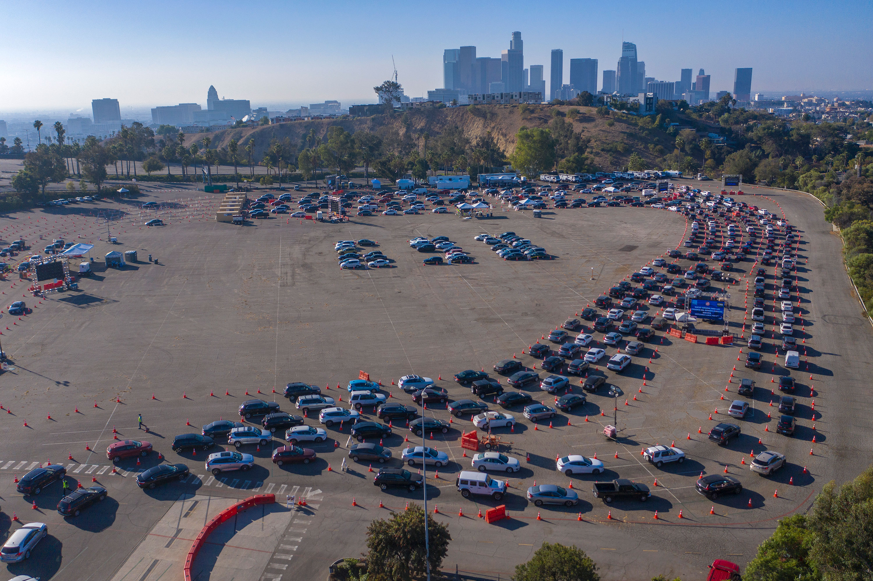Motorists line up for Covid-19 testing at Dodger Stadium on November 14 in Los Angeles, California.