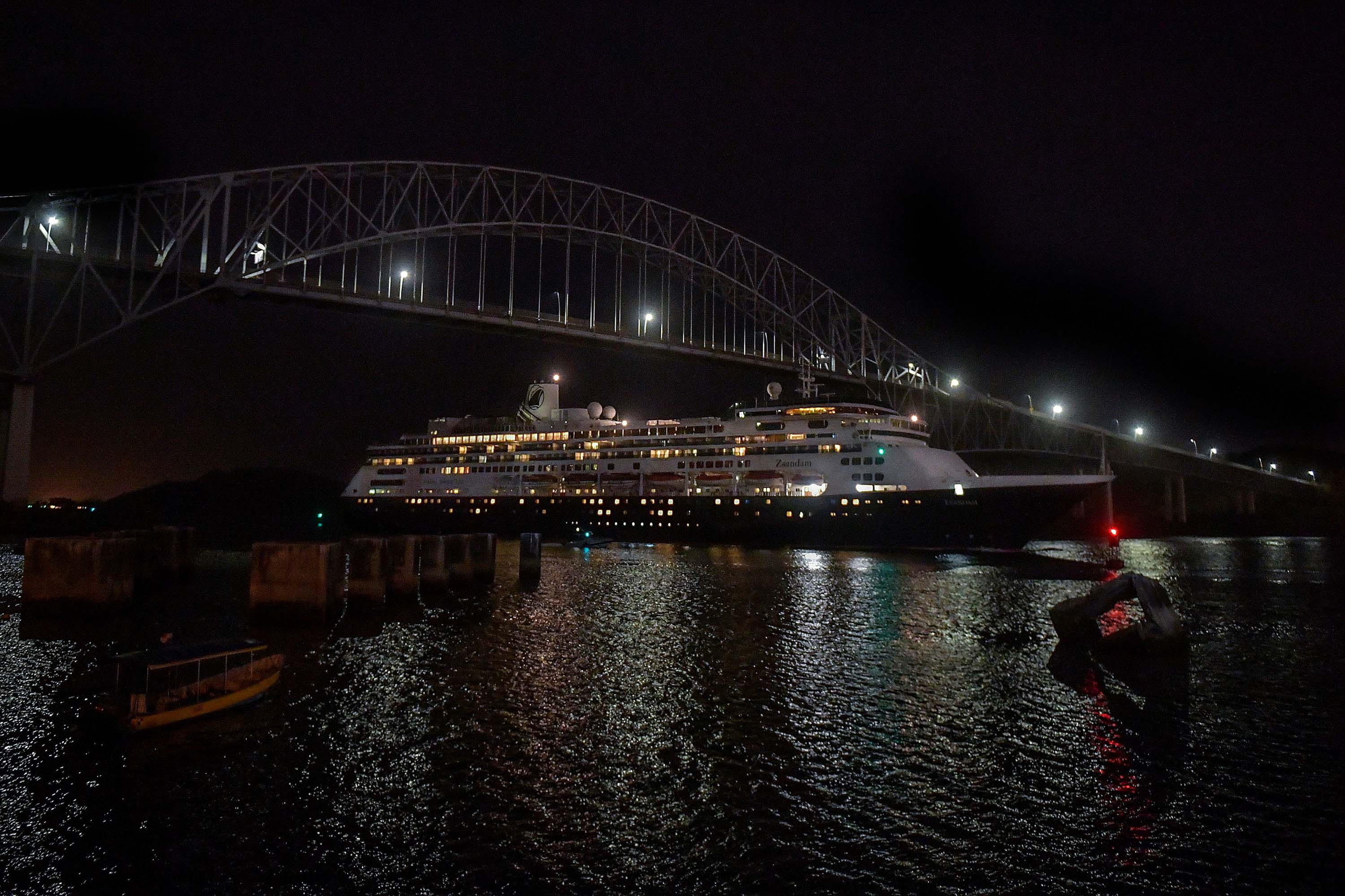 Holland America's cruise ship Zaandam navigates through the Panama Canal on March 29.LUIS ACOSTA/AFP via Getty Images)