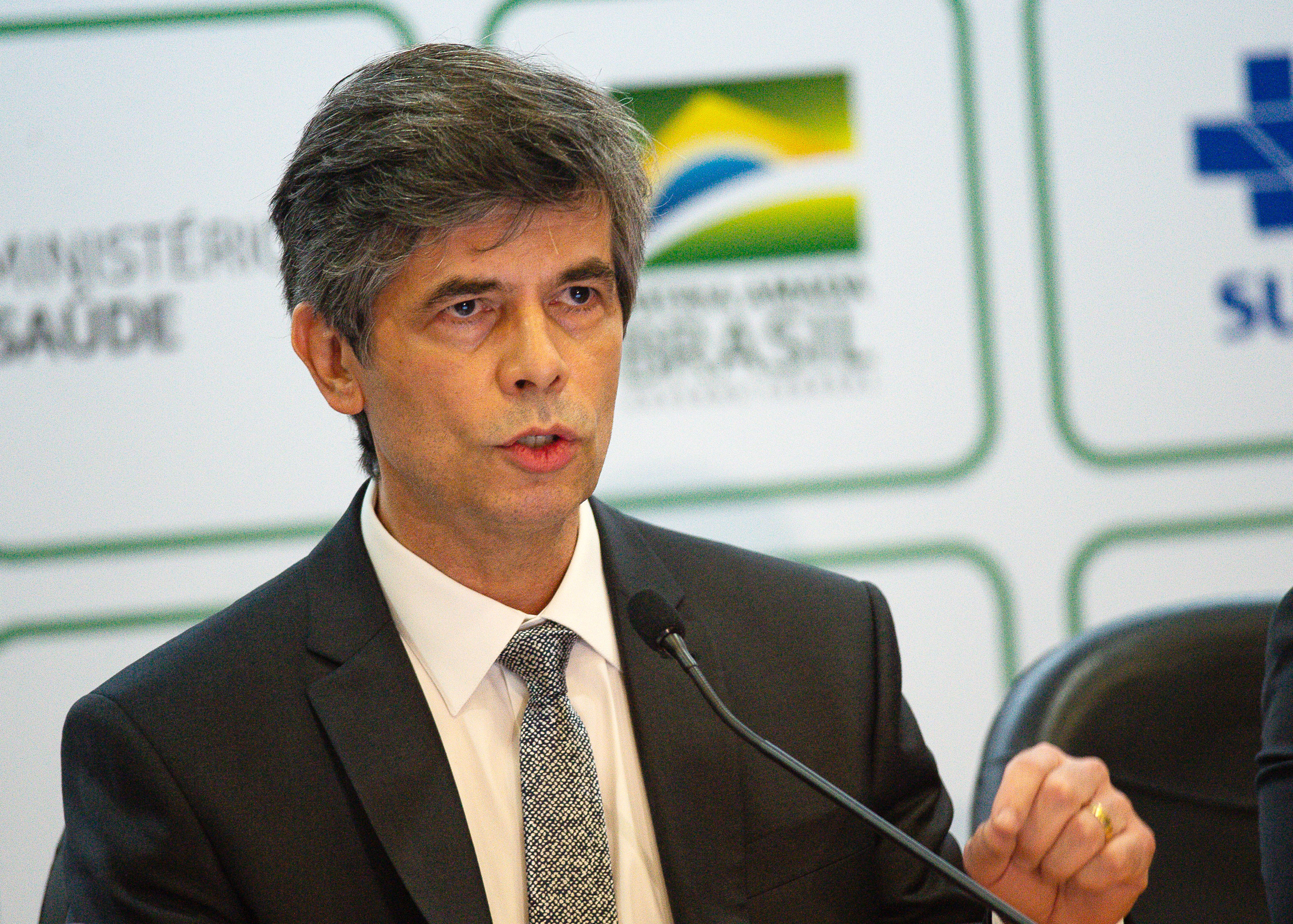 Former Brazilian Health Minister Nelson Teich announces his resignation during a press conference on May 15 in Brasilia, Brazil.