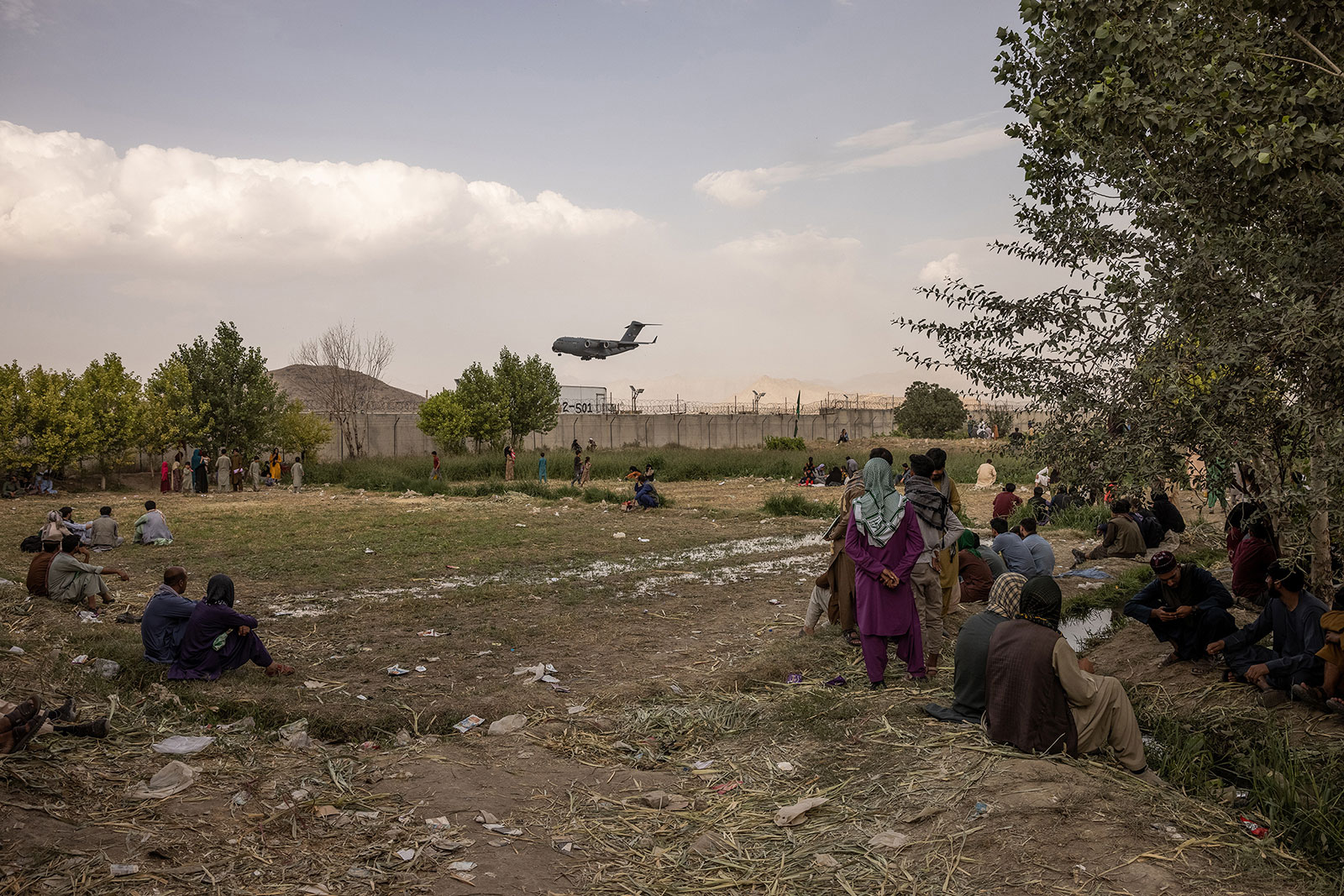 An American military transport plane lands at Hamid Karzai International Airport in Kabul, Afghanistan, on August 22.