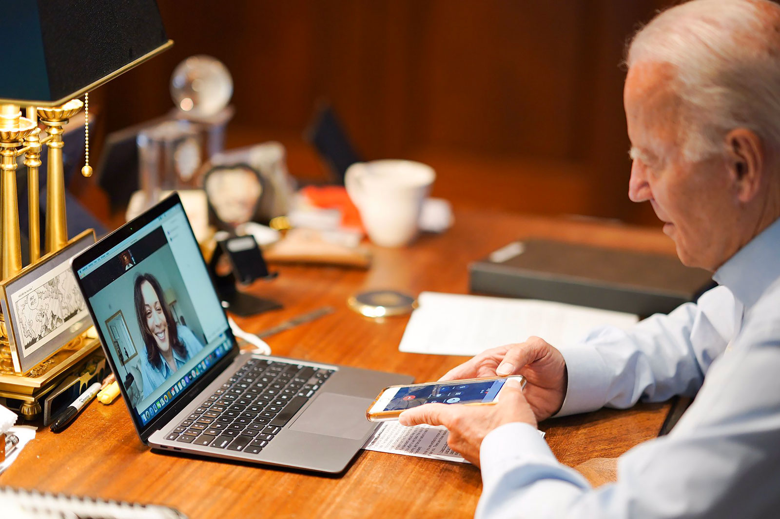 Biden calls Harris from his Delaware home to inform her that she was his choice for vice president.