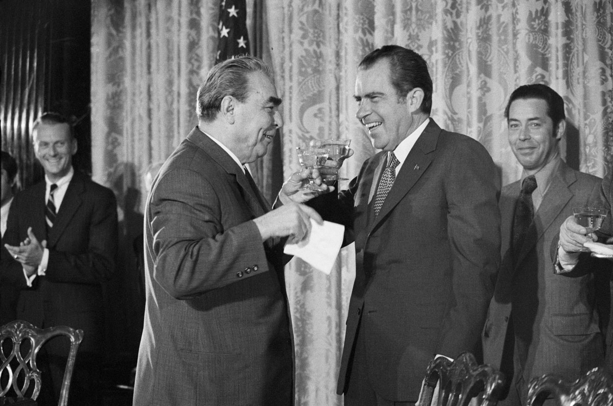 Soviet leader Leonid Brezhnev shares a toast with US President Richard Nixon after they signed a few agreements during a summit in Washington, DC, in 1973. The two men also held productive meetings in Moscow in 1972, signing major arms-control treaties.