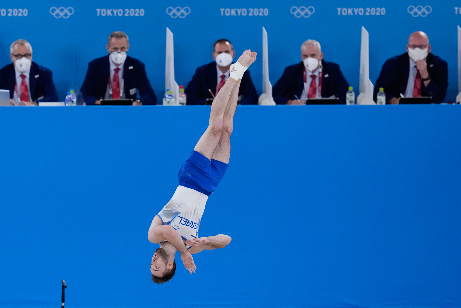 Artem Dolgopyat performs on the floor exercise during the artistic gymnastics men's apparatus final.