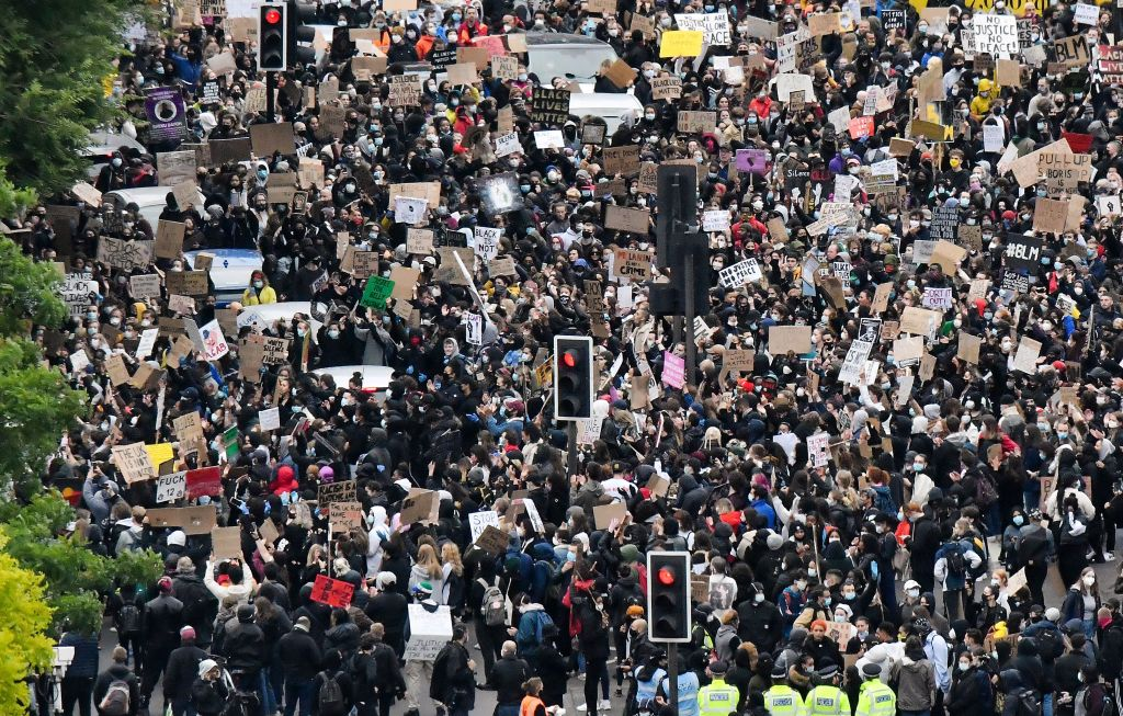 Crowds in London during the day.
