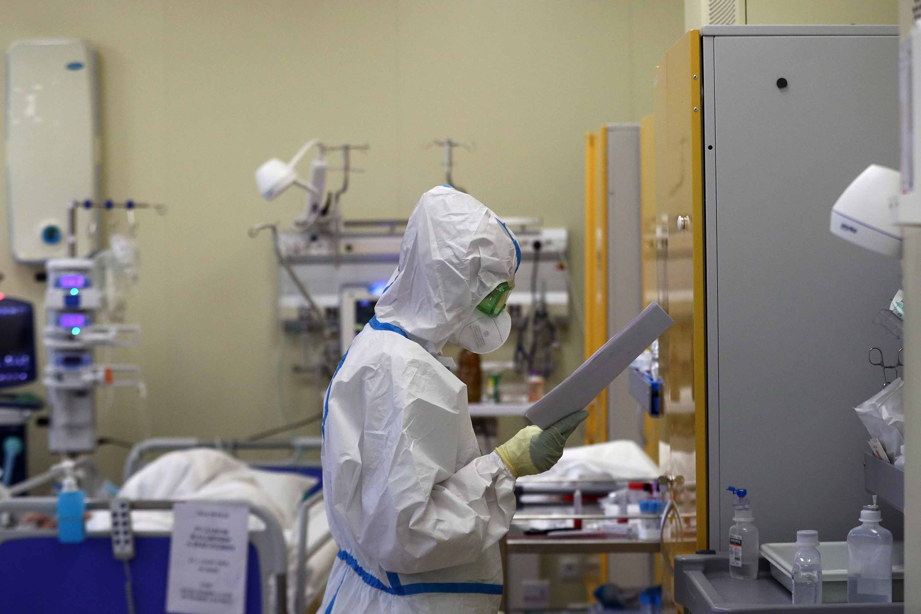 A member of the medical staff works in an intensive care unit for COVID-19 patients at the Clinical Research Center of the Russian Federal Biomedical Agency (FMBA) in Moscow, on October 14.