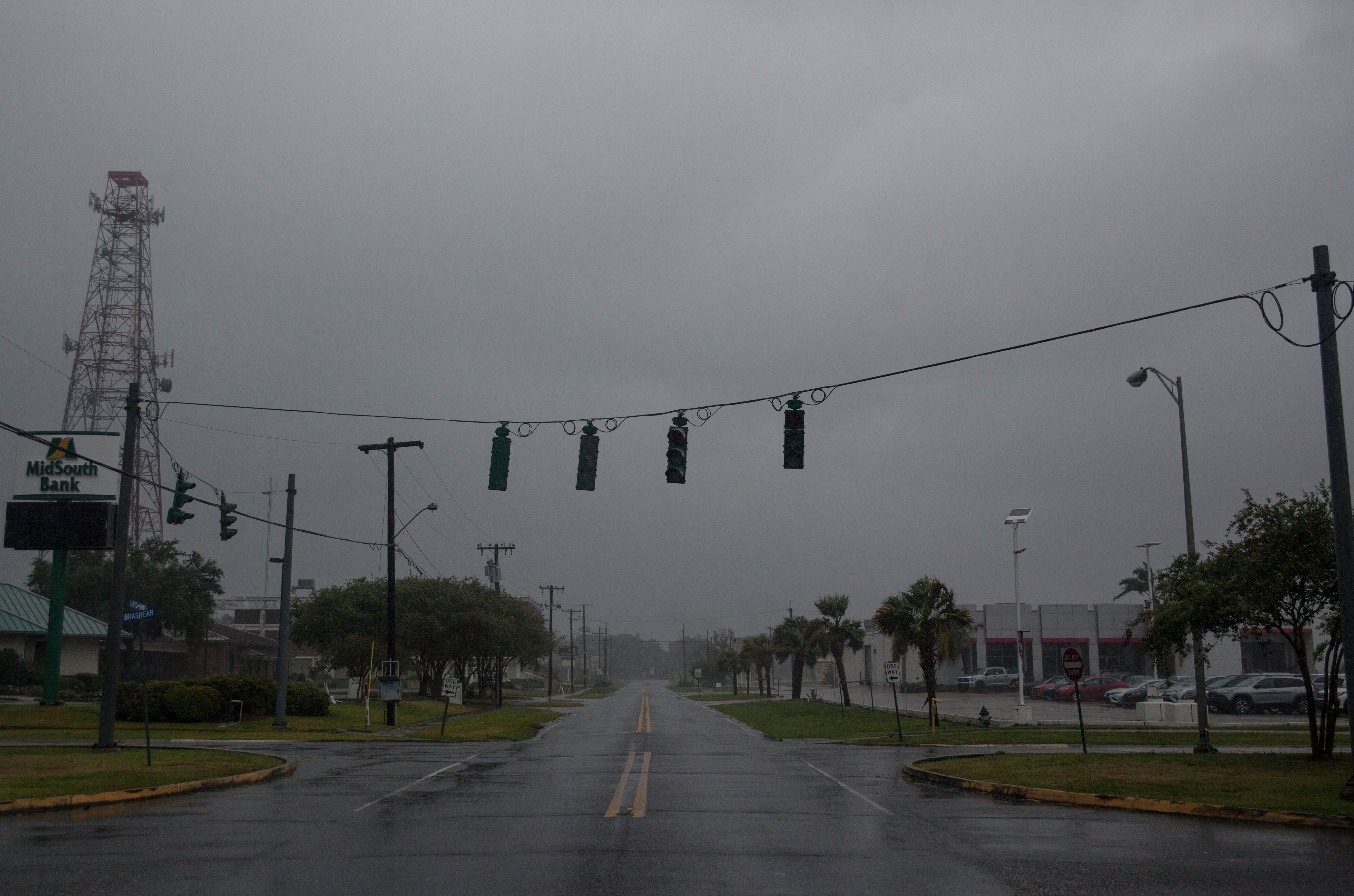 Traffic lights are seen without power in Morgan City, Louisiana, on July 13,2019.