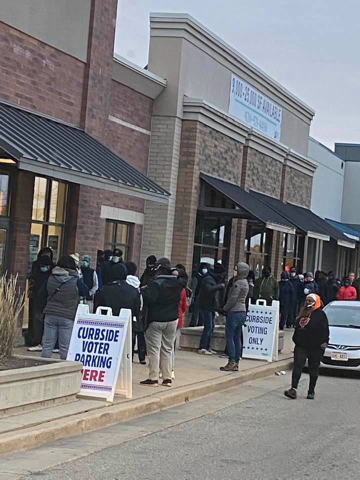 Early voting line in Milwaukee.