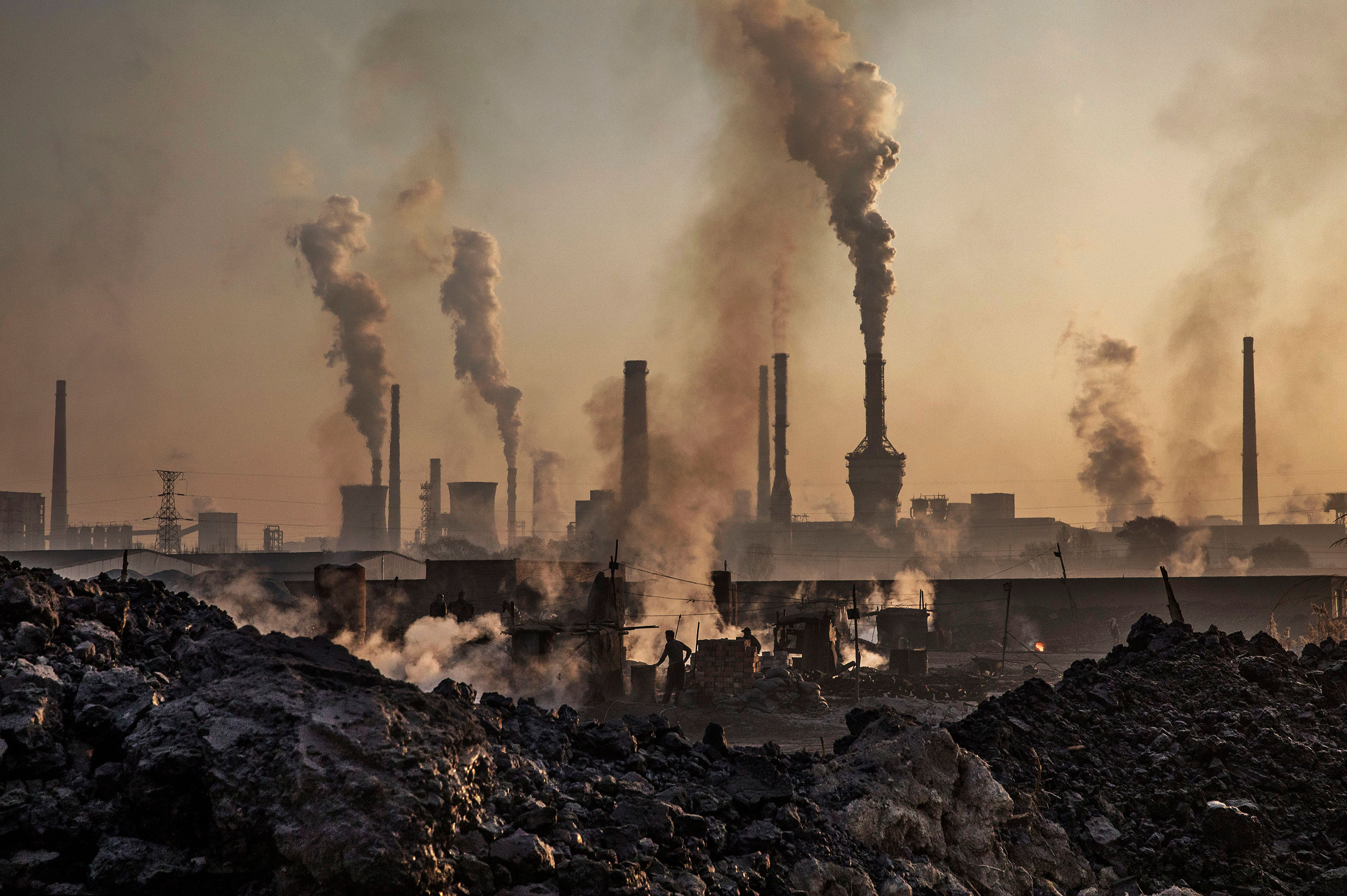 Smoke billows from a steel plant in Inner Mongolia, China on November 4, 2016.