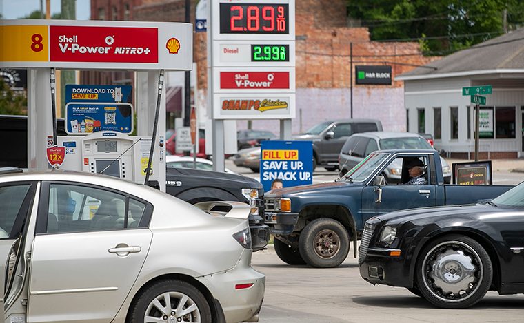 these-are-some-of-the-states-that-have-declared-a-state-of-emergency-over-gas-shortages