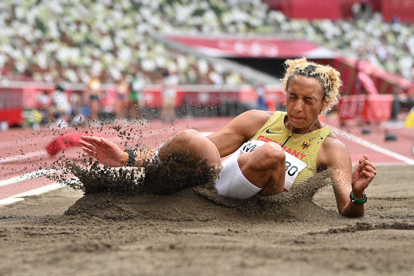 Olympics women pain Olympics: Japan's