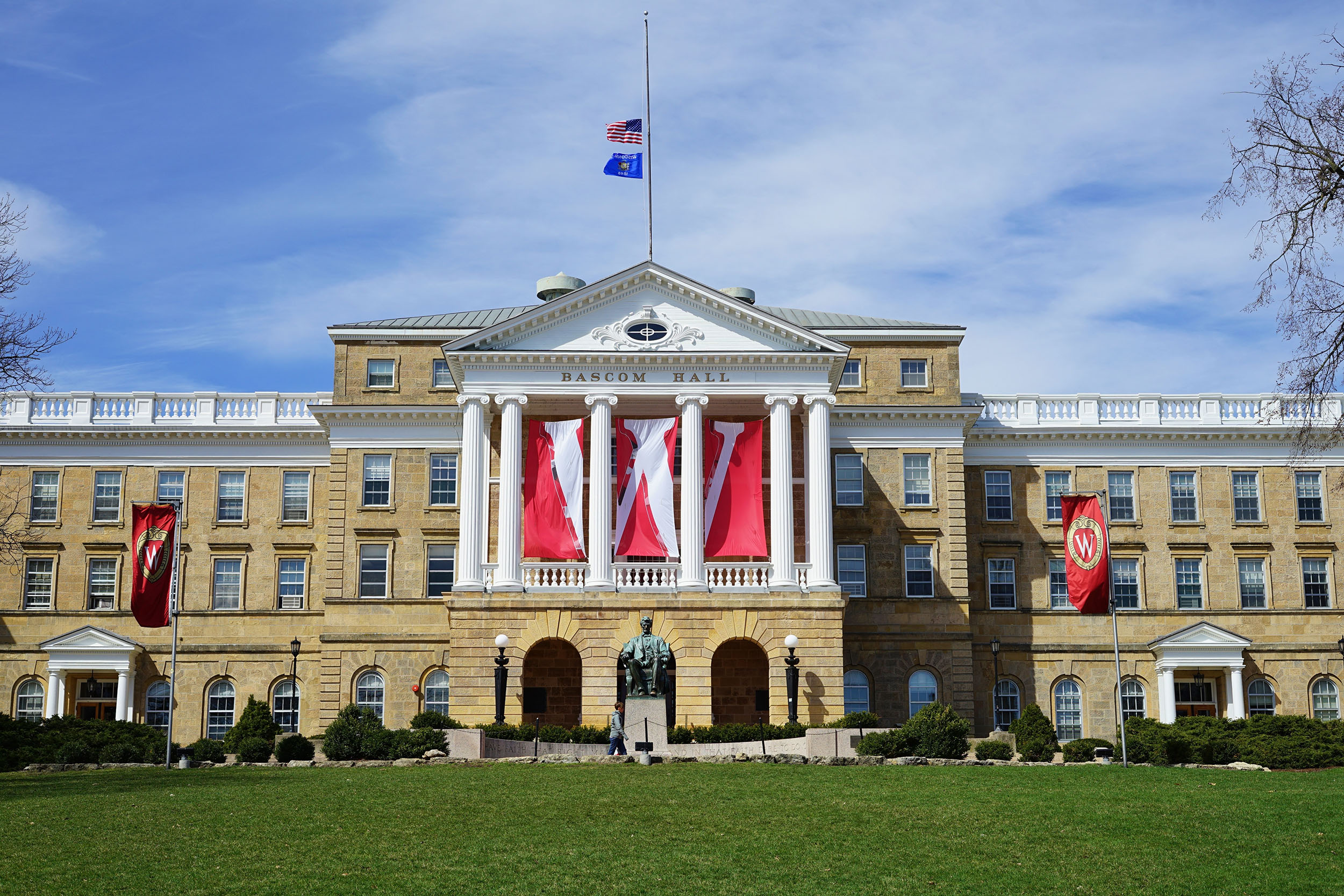 Bascom Hall, the main administrative building on the campus of the University of Wisconsin Madison.