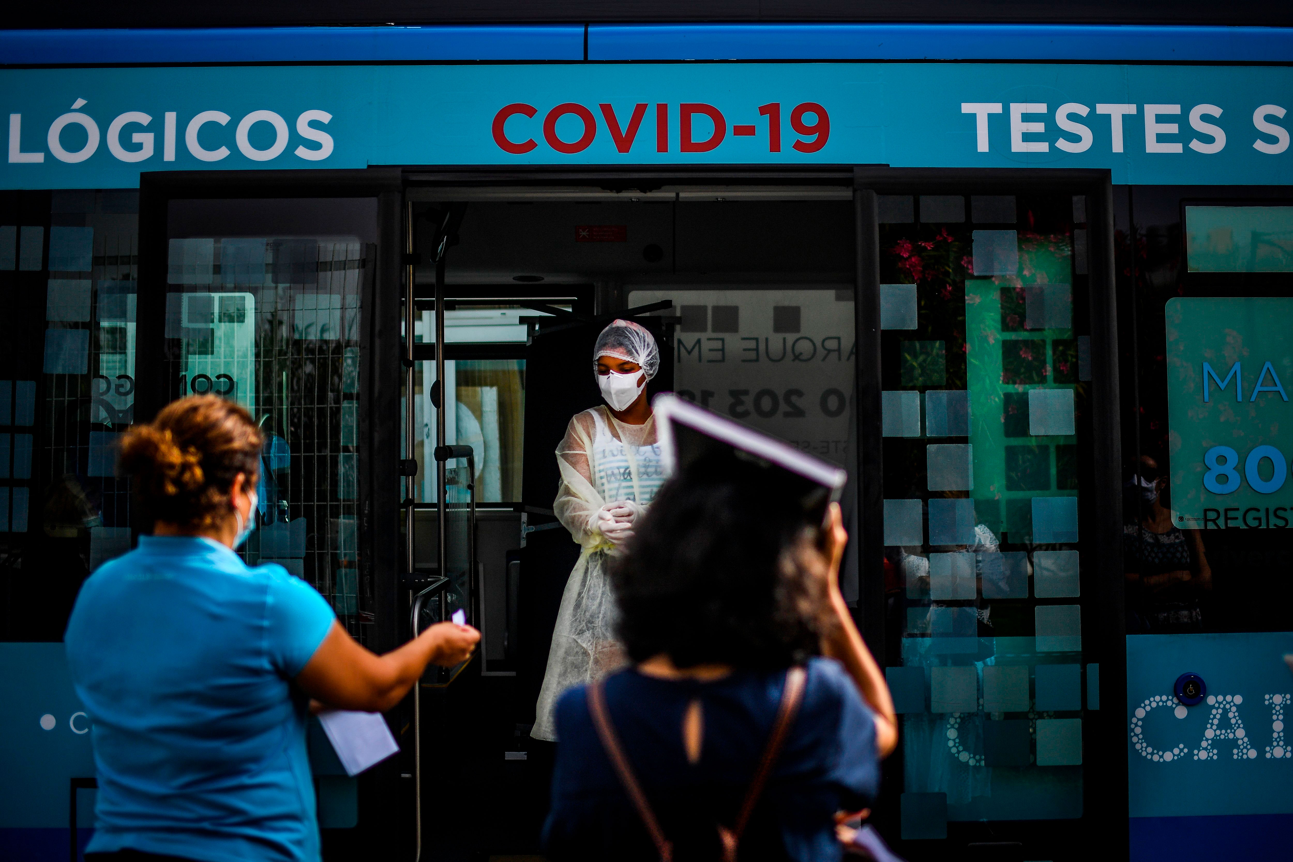 A nurse names people being tested for Covid-19 in Cascais, Portugal, on September 14.