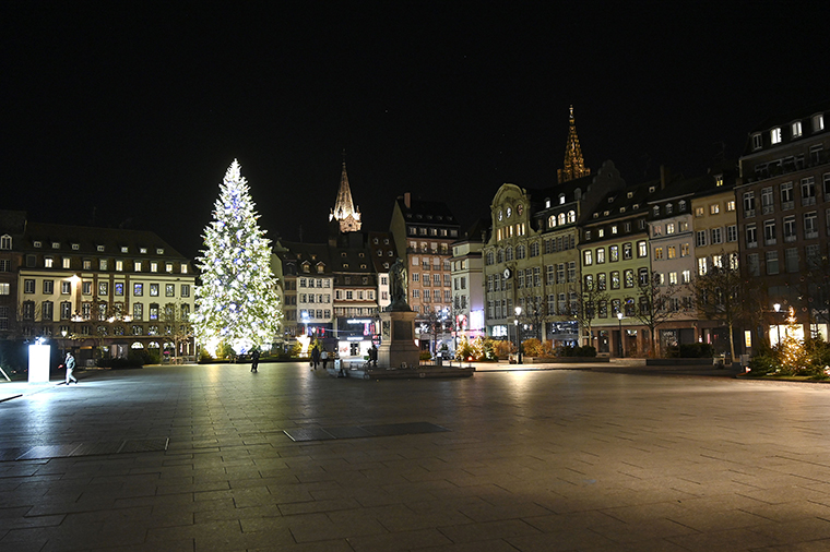 A picture taken on January 10, shows the deserted Place Kleber in Strasbourg, France, as a new curfew is in effect at 6 pm to fight against the spread of the new coronavirus.