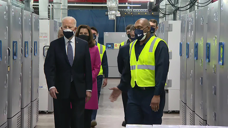2021 : President Biden Visits Pfizer Facilities in Portage, MI