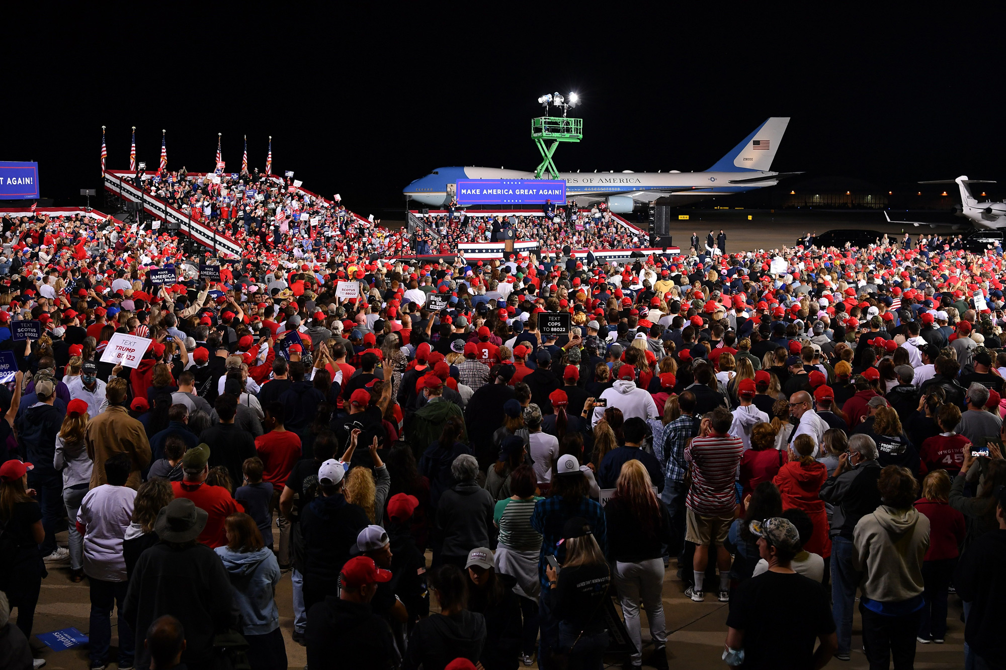 President Donald Trump speaks during a campaign rally at Pittsburgh International Airport in Moon Township, Pennsylvania, on September 22.
