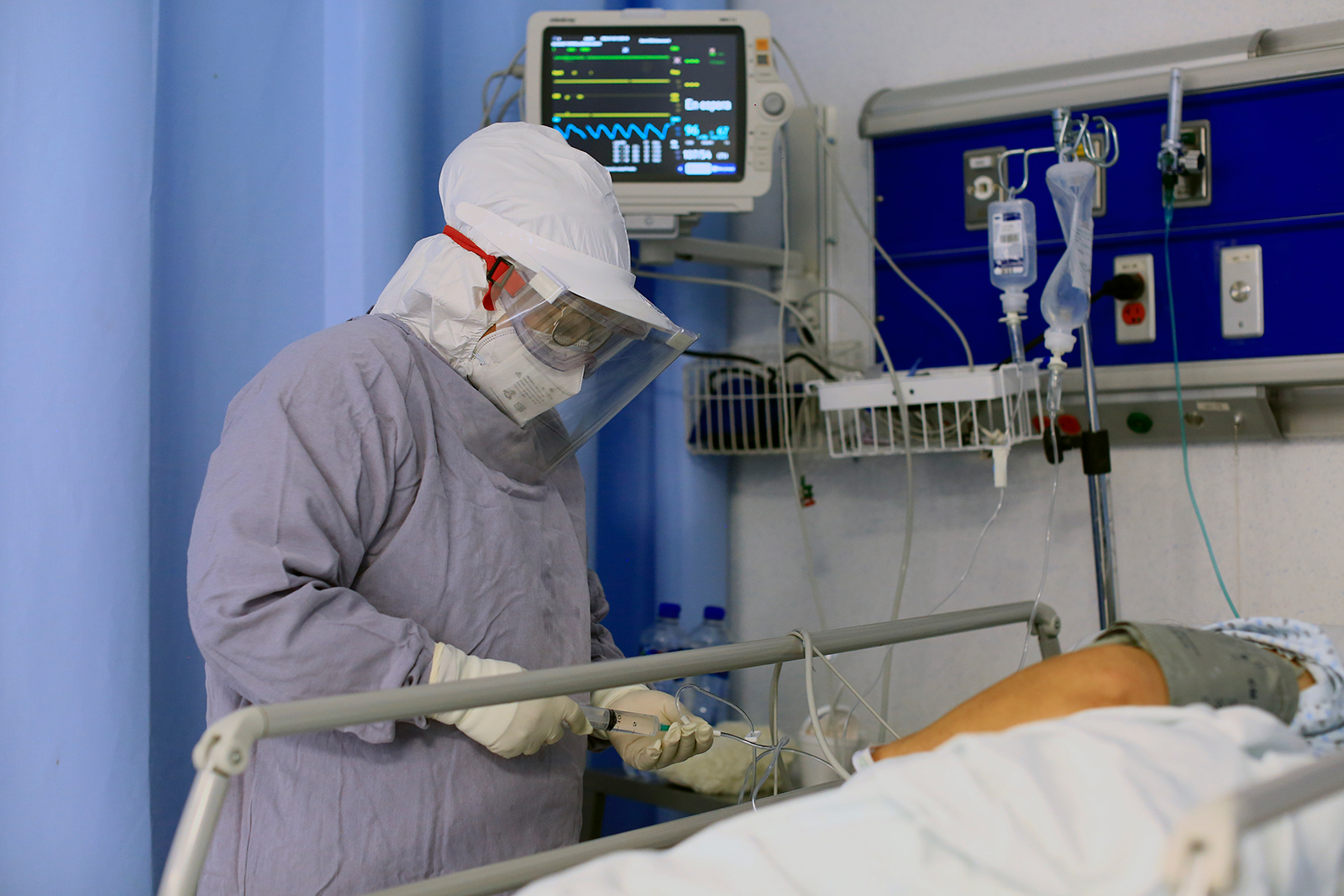 A nurse supplies medicine for a Covid-19 patient at Hospital General Leon on July 23, in Leon, Mexico.