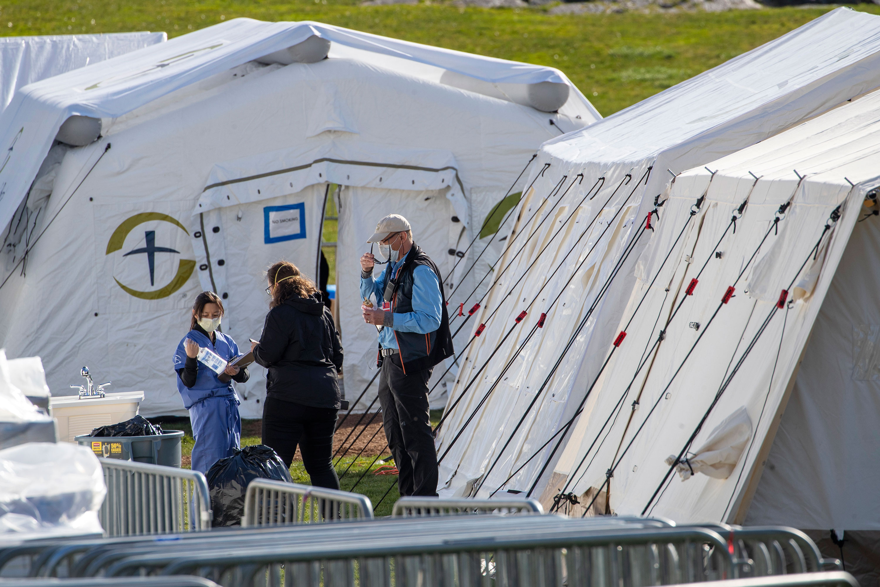 Medical personnel work at the Samaritan's Purse field hospital in New York's Central Park, on April 1.