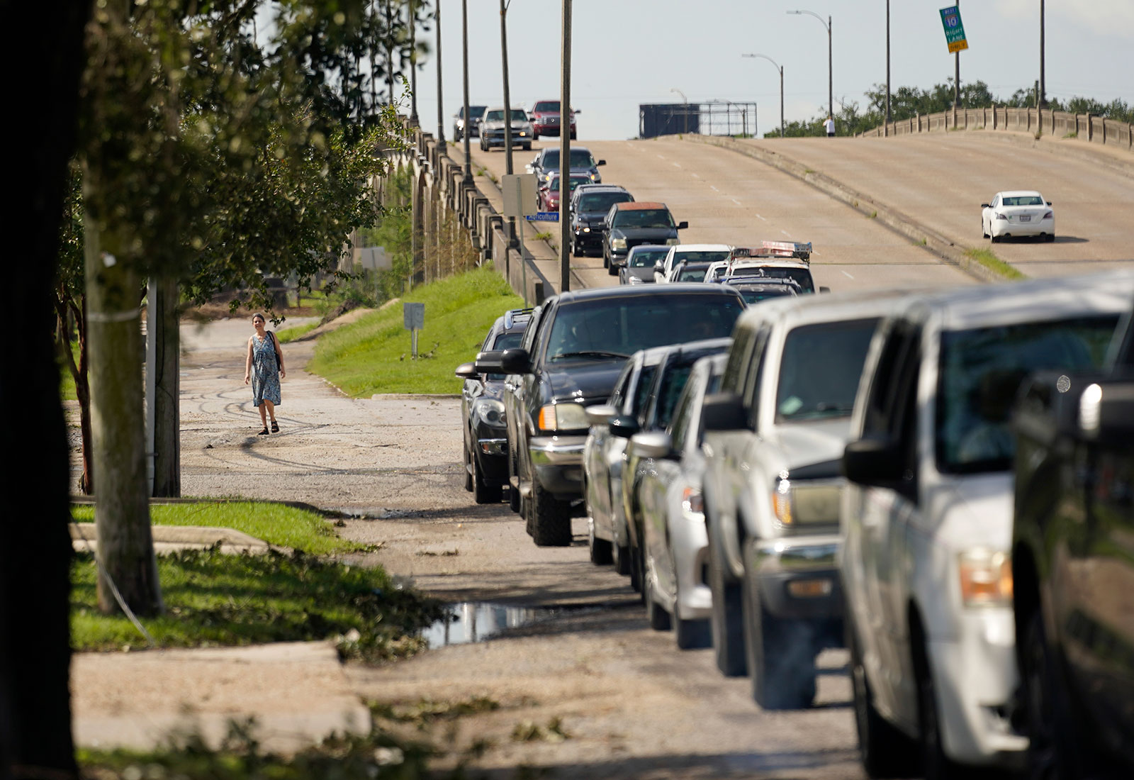 Motorists wait in line for gas in New Orleans on August 31.