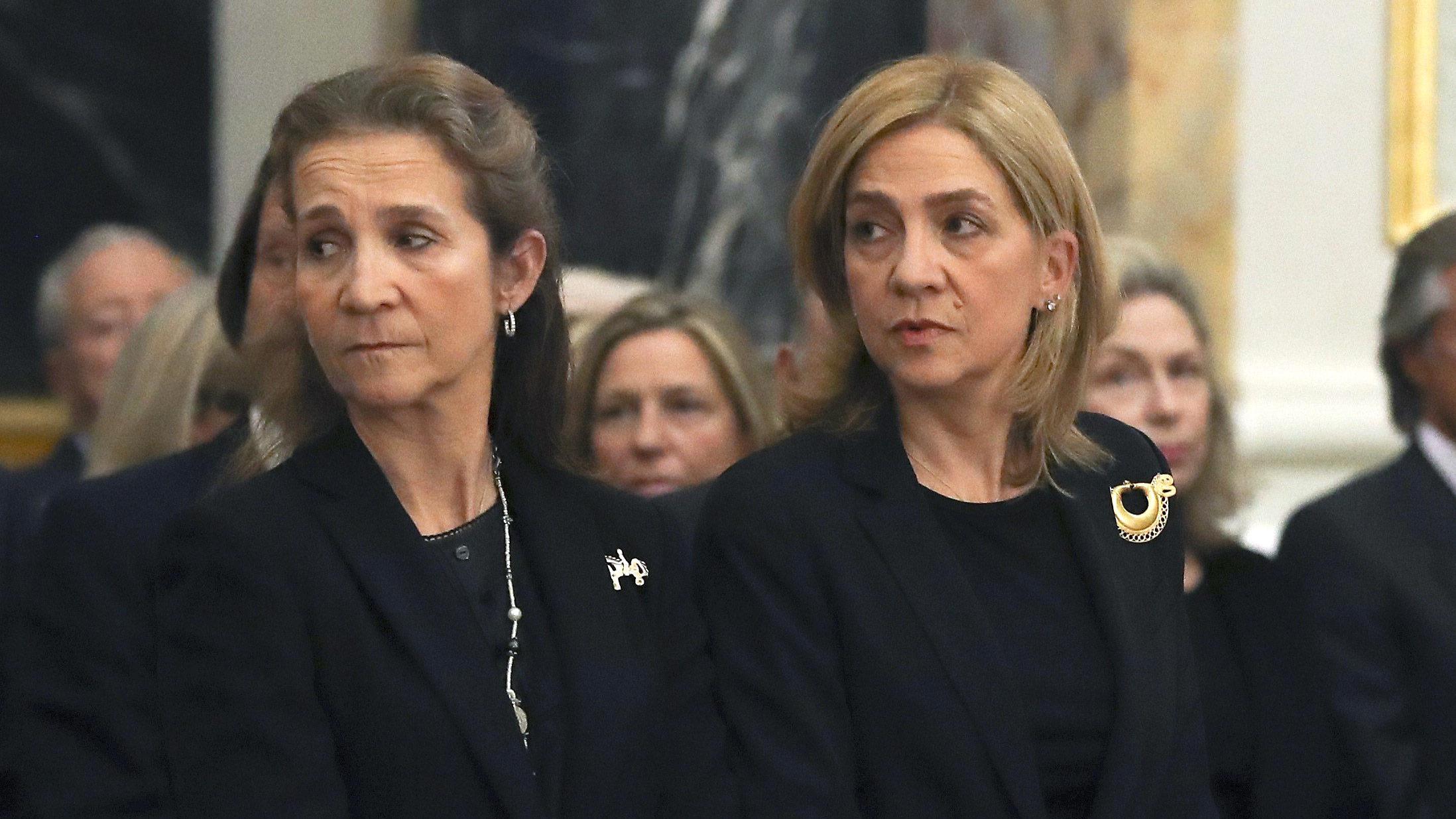 Spain's Princess Elena, left, and Princess Cristina.