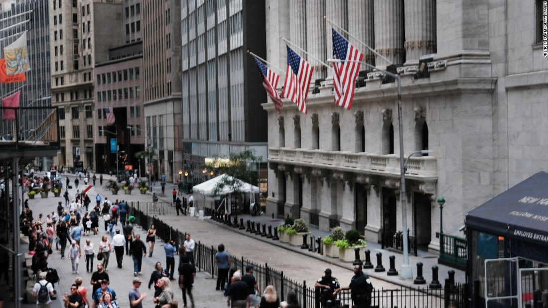 S&P 500 and Nasdaq Composite finish at record highs