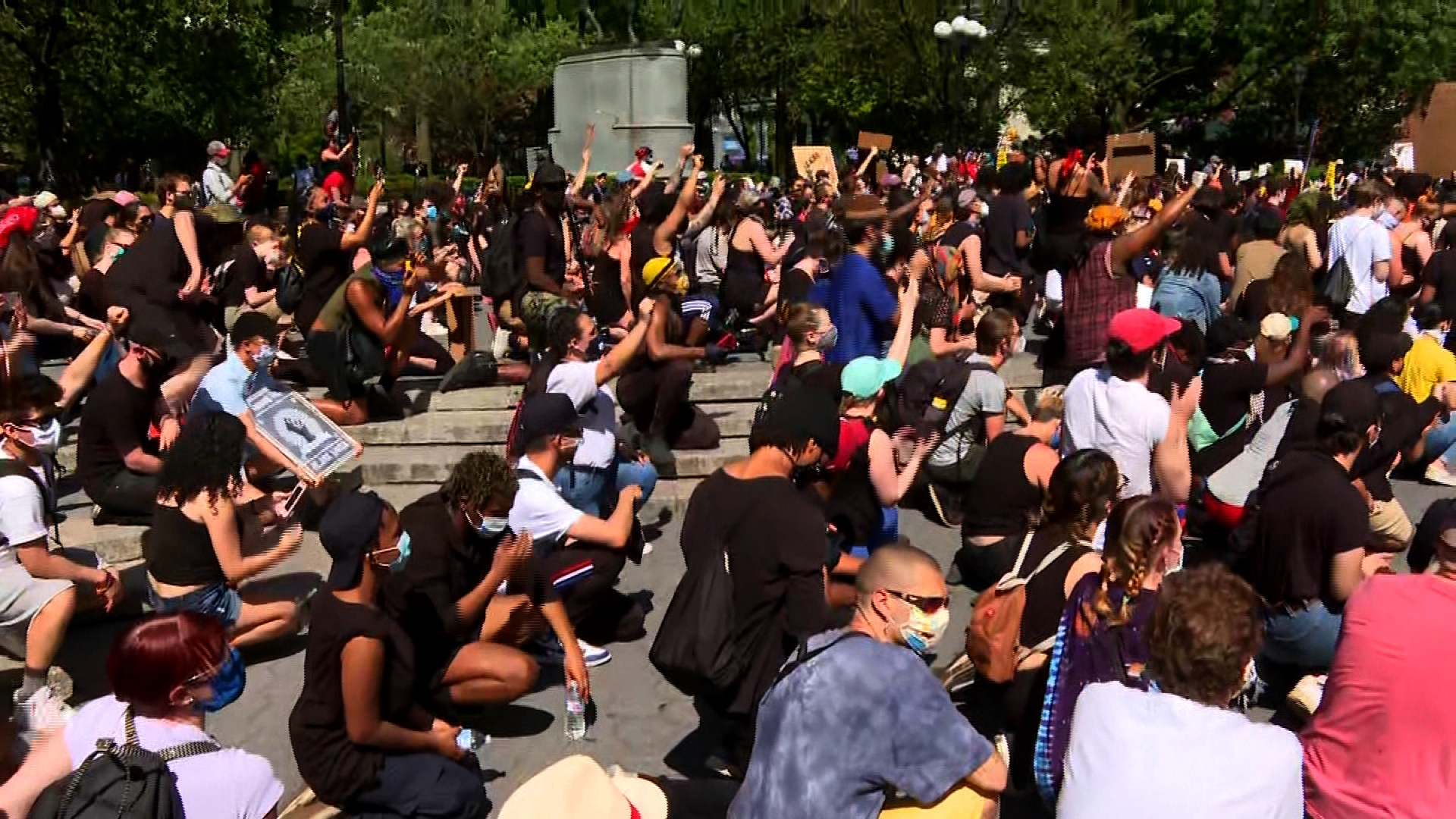 Protesters kneeling in New York City's Union Square on Saturday, May 30.