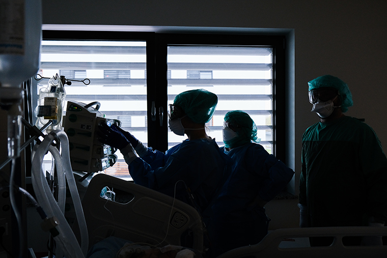 Medical personnel in the ICU of Krakow University Hospital, Poland, on November 3.