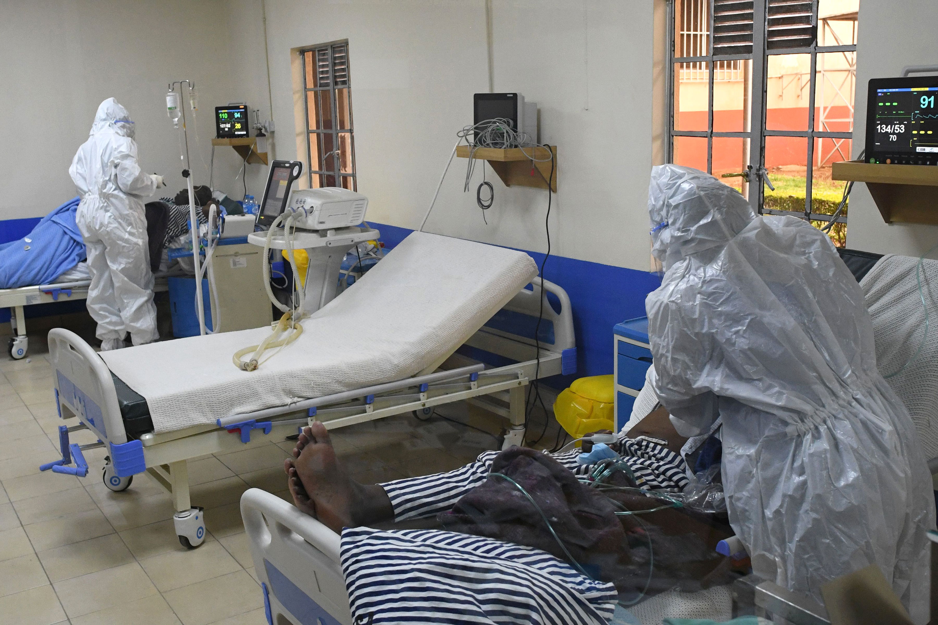 Medical staff members tend to coronavirus patients in the Intensive Care Unit of Machakos County Level-5 Hospital in Machakos, Kenya, on July 28th.