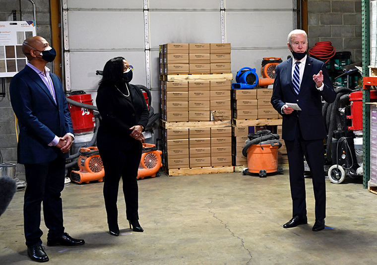 www.cnn.com: This is how Biden handled the economy in his first 100 days
