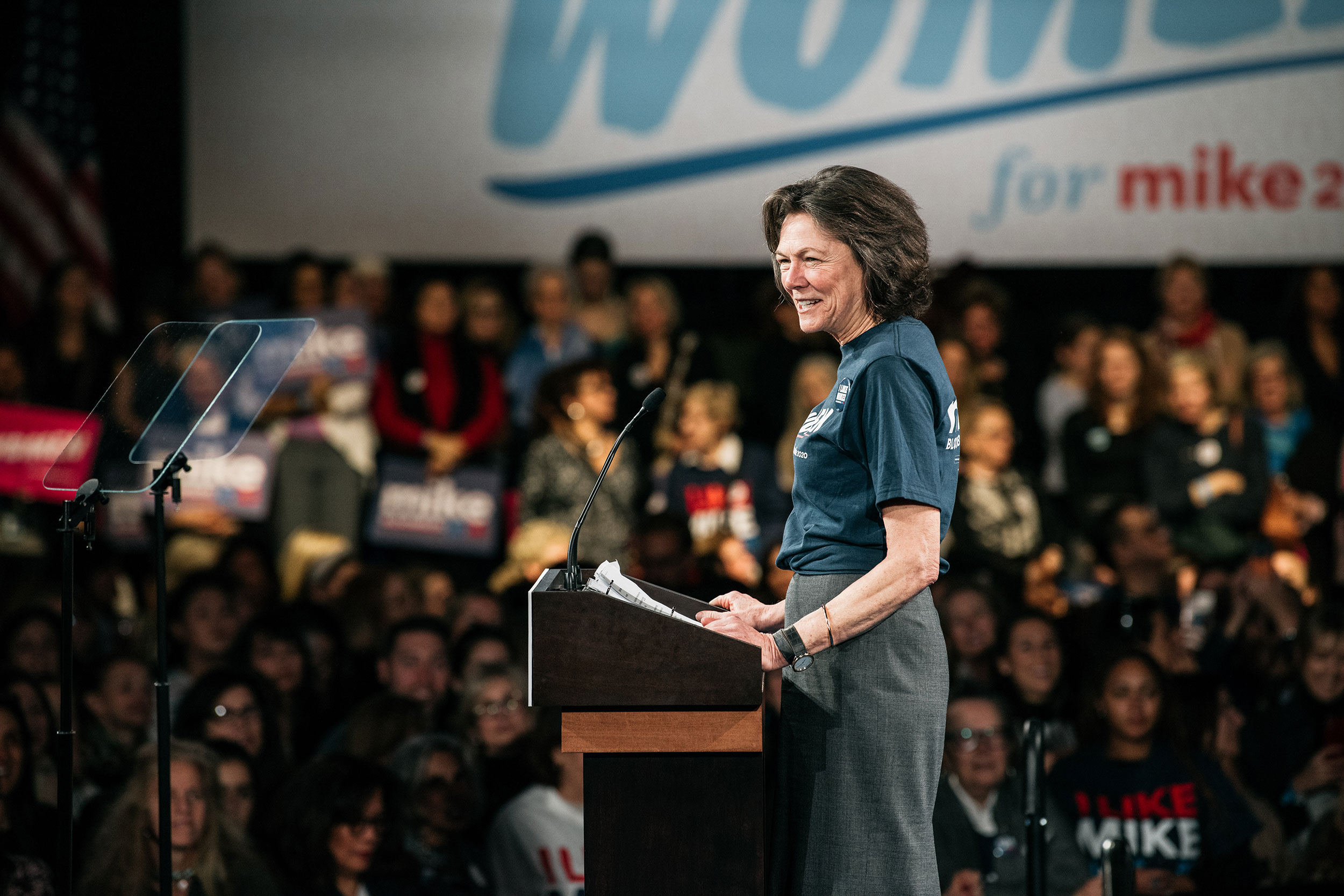 Diana Taylor speaks at a campaign rally for Michael Bloomberg on January 15 in New York.