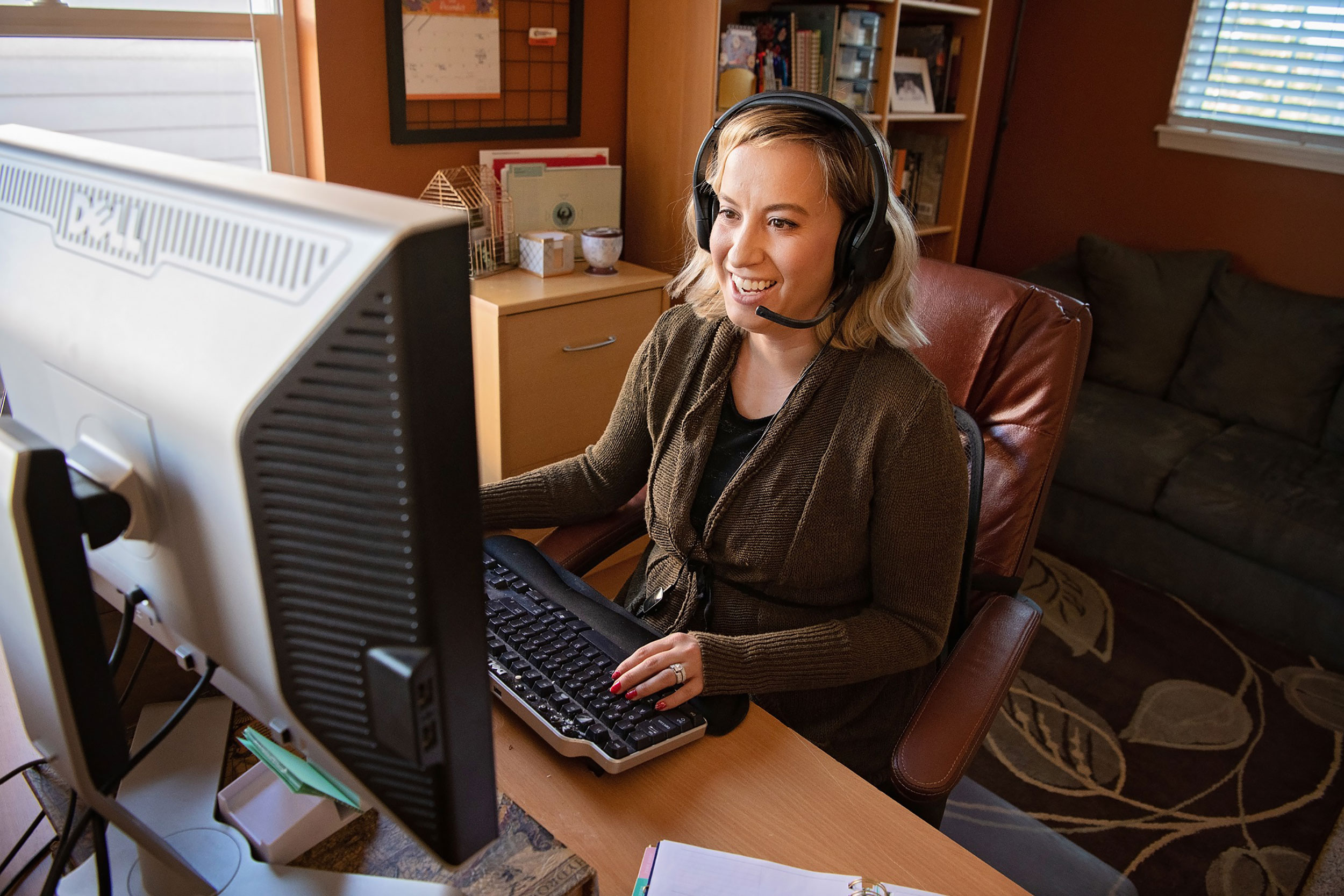 Kim Reeder, a middle school social studies teacher at Colorado Connections Academy, said virtual education enables her to meet the individual needs of each of her students.
