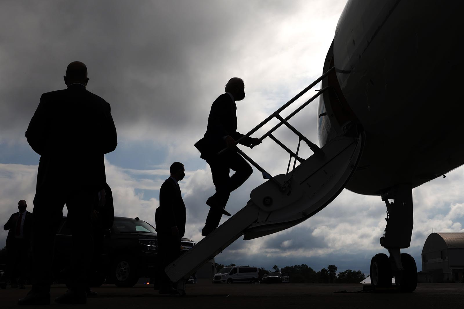 Democratic presidential candidate former Vice President Joe Biden boards a plane at Allegheny County Airport on August 31 in West Mifflin, Pennsylvania.