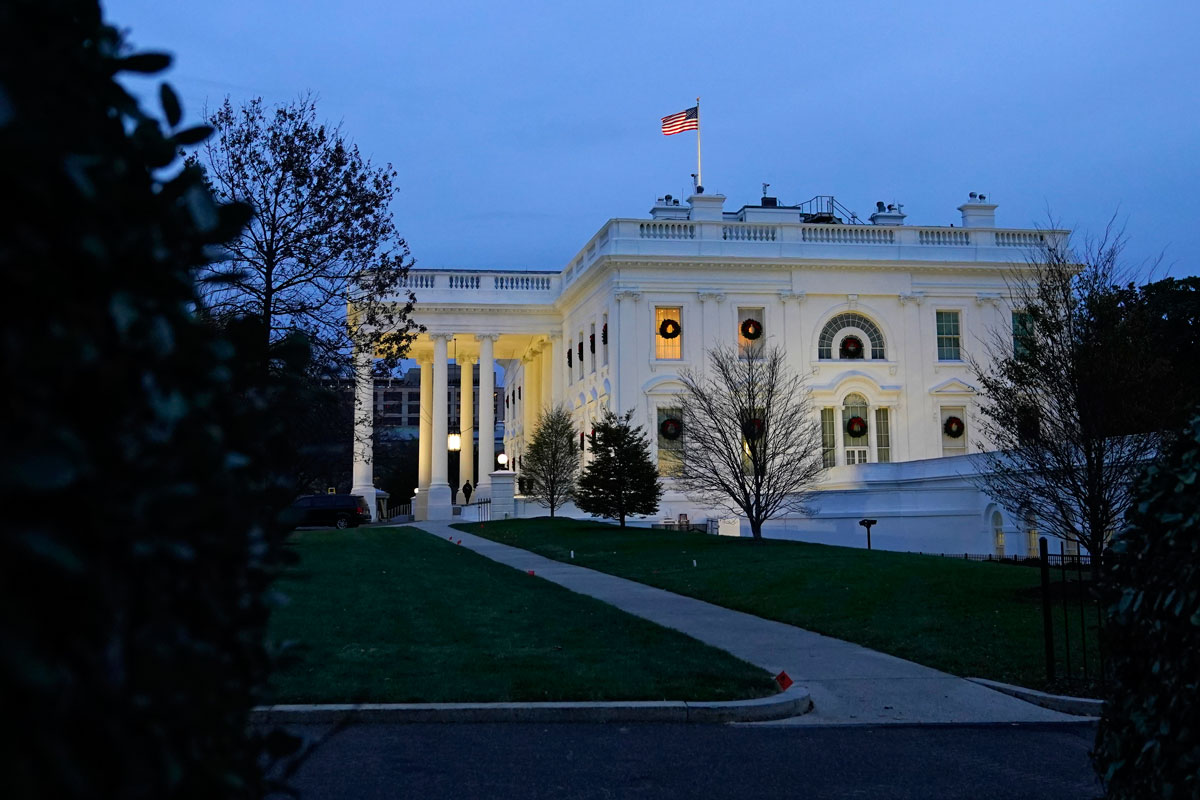 Dusk settles over the White House on November 25, in Washington, D.C.